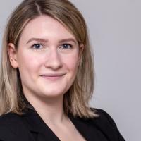 Julia Gerecht, Junior Beraterin bei A&B One