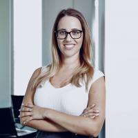 Anna Breitenbach, Social Media Consultant bei Edelman